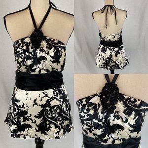 WHBM Black/White Floral Halter Top SZ 4